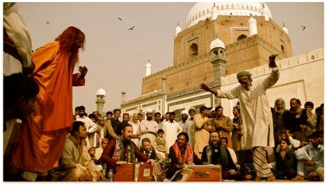 Tahir Qawwal performing in Pakistan. Picture: tahirqawwal.com