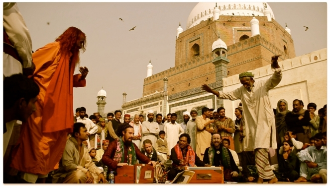 Tahir Qawwal performing in Pakistan. Picture: tahirqawwal.com